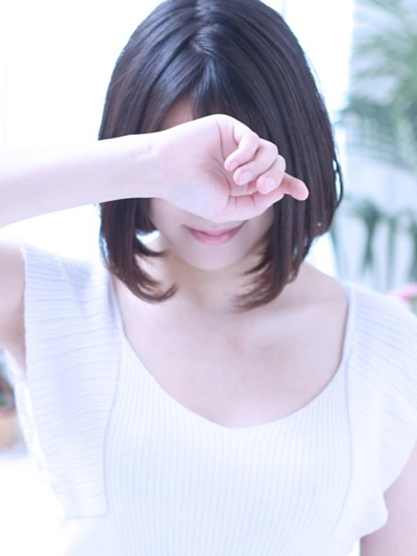 真希(マキ)